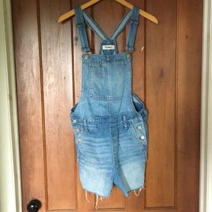Madewell cut off overall shorts